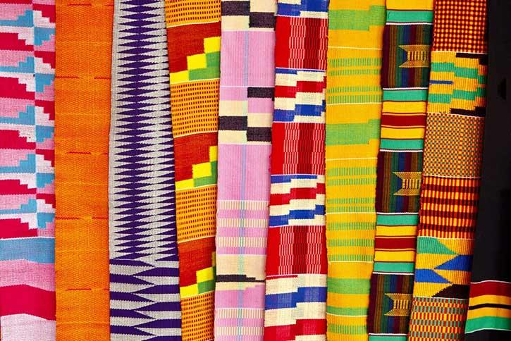 Telas Kente | Mercado de la ciudad de Accra en Ghana